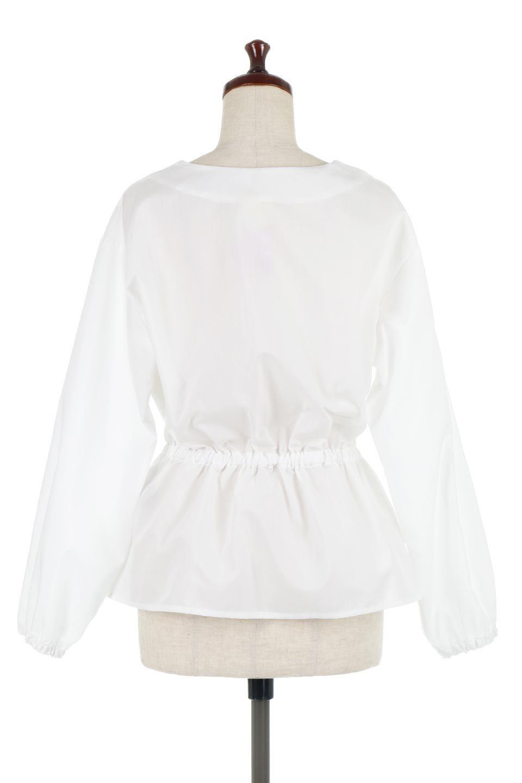WaistGatheredBlouseウエストギャザー・ブラウス大人カジュアルに最適な海外ファッションのothers(その他インポートアイテム)のトップスやシャツ・ブラウス。スッキリとした首周りで人気の長袖ブラウス。数種類のボタンをアクセントして使用して可愛らしさもアピール。/main-9
