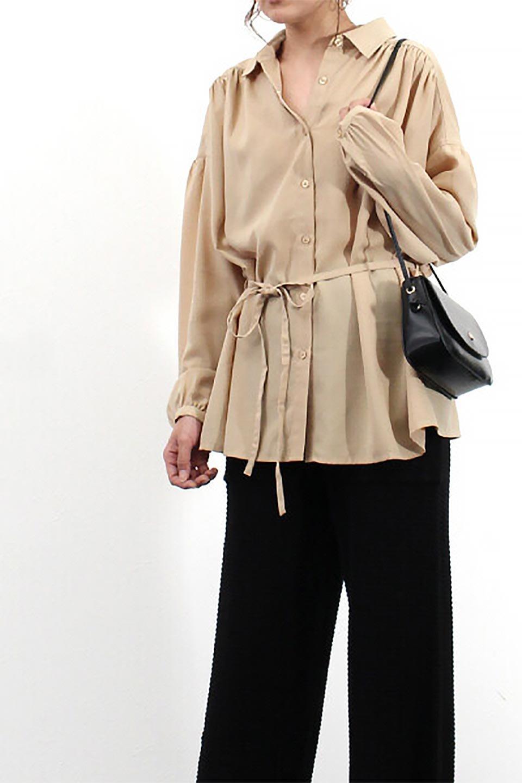 WaistTiedShirtsBlouseウエストマーク・シャツブラウス大人カジュアルに最適な海外ファッションのothers(その他インポートアイテム)のトップスやシャツ・ブラウス。シャツとブラウスのいいとこ取りの長袖アイテム。シャツジャケットのように着ても良し、ボトムにインしてブラウス感覚で着ても良し。/main-29