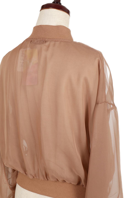 SheerShortBlousonチュール・MA−1ブルゾン大人カジュアルに最適な海外ファッションのothers(その他インポートアイテム)のアウターやジャケット。ほんのり透け感が楽しめるMA-1タイプのブルゾン。充分にゆとりを持たせた袖が透け感を演出します。/main-12