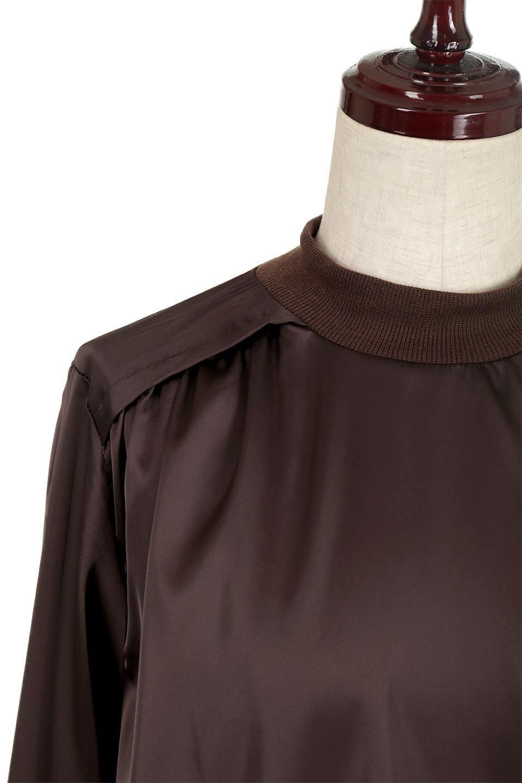 GatheredSatinBlouseサテン・ギャザーブラウス大人カジュアルに最適な海外ファッションのothers(その他インポートアイテム)のトップスやシャツ・ブラウス。サテン地で女性らしく華奢な印象にのブラウス。肩タックからのギャザーの流れが美しいブラウスです。/main-11