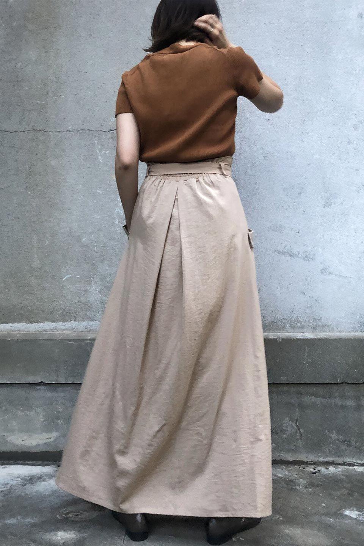 WrappedFlareLongSkirtラップフレア・ロングスカート大人カジュアルに最適な海外ファッションのothers(その他インポートアイテム)のボトムやスカート。気になる旬のディテールたっぷりなラップフレアロングスカート。ウエストマークでバランスが取りやすく、ベルトのエッジを効いたスカート。/main-22