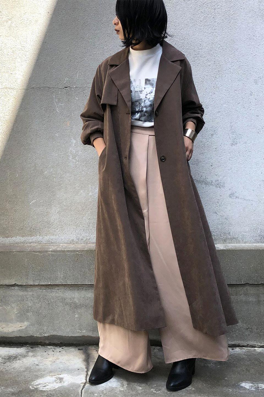 BackFlareLongCoatバックフレア・ロングコート大人カジュアルに最適な海外ファッションのothers(その他インポートアイテム)のアウターやコート。羽織るだけで決まる、トレンチライクなロングコート。羽織るだけで様になり、どんな身長にもマッチする絶妙な丈感。/main-17