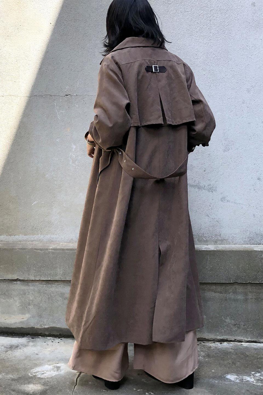 BackFlareLongCoatバックフレア・ロングコート大人カジュアルに最適な海外ファッションのothers(その他インポートアイテム)のアウターやコート。羽織るだけで決まる、トレンチライクなロングコート。羽織るだけで様になり、どんな身長にもマッチする絶妙な丈感。/main-18