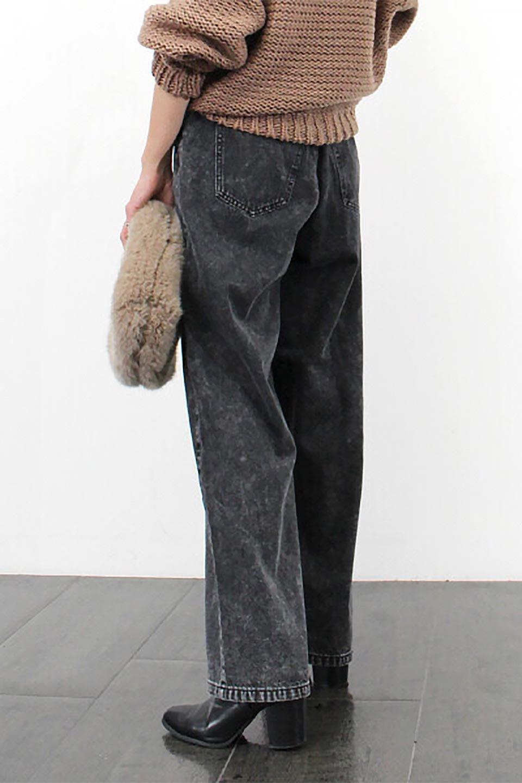 StraightWideLegDenimPantsストレートデニム・ワイドパンツ大人カジュアルに最適な海外ファッションのothers(その他インポートアイテム)のボトムやパンツ。きれいなラインが出る油デニム素材のワイドパンツ。カジュアルなデニムのワイドパンツですが、シックなブラック系で大人っぽいコーデを楽しめます。/main-19