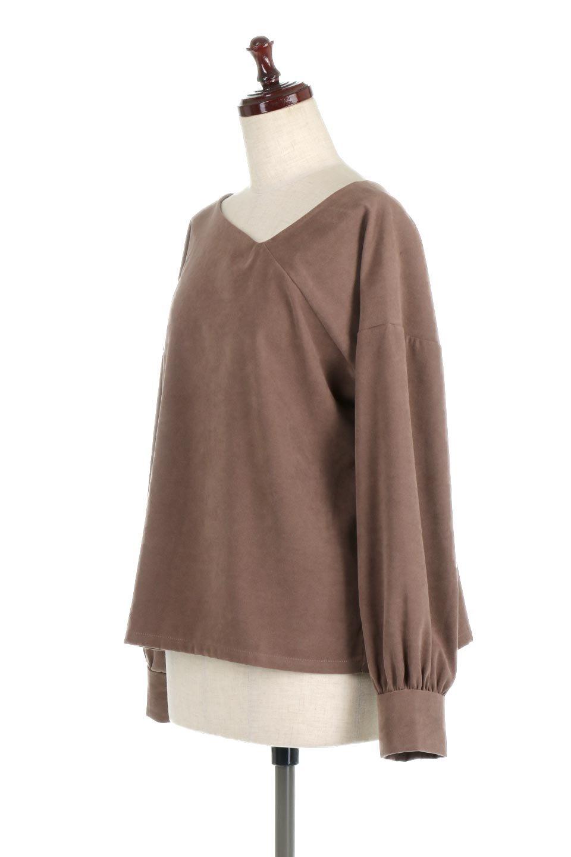 AsymmetricalV-NeckBlouseアシメントリー・Vネックブラウス大人カジュアルに最適な海外ファッションのothers(その他インポートアイテム)のアウターやジャケット。左右非対称のアシメントリーデザインが可愛い長袖ブラウス。温かみのある起毛されたヌバック風素材が季節感を演出。/main-6