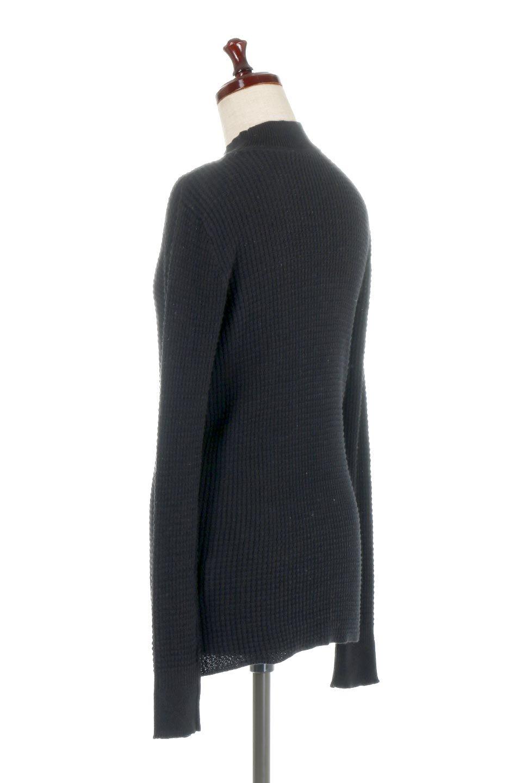 CottonWaffleHigh-NeckTopワッフル・ハイネックトップス大人カジュアルに最適な海外ファッションのothers(その他インポートアイテム)のトップスやカットソー。アウターのインナーとしても大活躍間違い無しのワッフル・ハイネックトップス。ハイネックのシンプルデザインと長めの袖が可愛いトップスです。/main-13