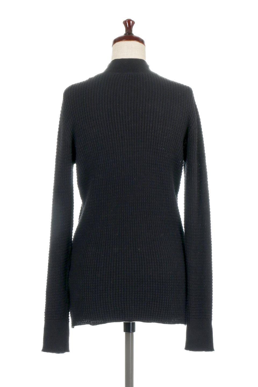 CottonWaffleHigh-NeckTopワッフル・ハイネックトップス大人カジュアルに最適な海外ファッションのothers(その他インポートアイテム)のトップスやカットソー。アウターのインナーとしても大活躍間違い無しのワッフル・ハイネックトップス。ハイネックのシンプルデザインと長めの袖が可愛いトップスです。/main-14