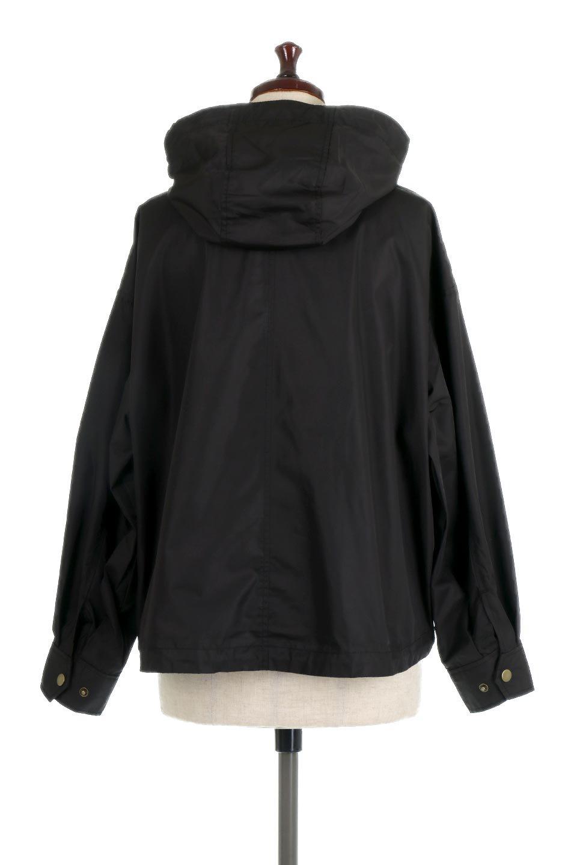 ShortLengthMountainParkaショート丈・マウンテンパーカ大人カジュアルに最適な海外ファッションのothers(その他インポートアイテム)のアウターやジャケット。ショート丈&オーバーサイズな可愛いマウンテンパーカ。クラシカルなマウンテンパーカを今風にモデファイしたユル目のシルエット。/main-13