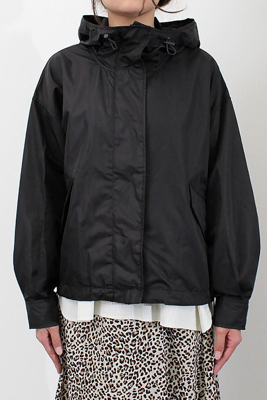 ShortLengthMountainParkaショート丈・マウンテンパーカ大人カジュアルに最適な海外ファッションのothers(その他インポートアイテム)のアウターやジャケット。ショート丈&オーバーサイズな可愛いマウンテンパーカ。クラシカルなマウンテンパーカを今風にモデファイしたユル目のシルエット。/main-24