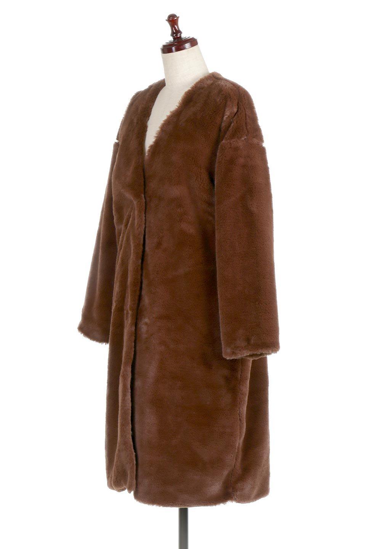 VelourEcoFurCollarlessLongCoatベロア風エコファー・ロングコート大人カジュアルに最適な海外ファッションのothers(その他インポートアイテム)のアウターやコート。ベロア風のエコファーを用いたノーカラーのロングコート。合わせるインナーを選ばないオールマイティーなアイテム。/main-6
