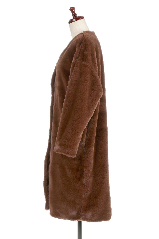 VelourEcoFurCollarlessLongCoatベロア風エコファー・ロングコート大人カジュアルに最適な海外ファッションのothers(その他インポートアイテム)のアウターやコート。ベロア風のエコファーを用いたノーカラーのロングコート。合わせるインナーを選ばないオールマイティーなアイテム。/main-7