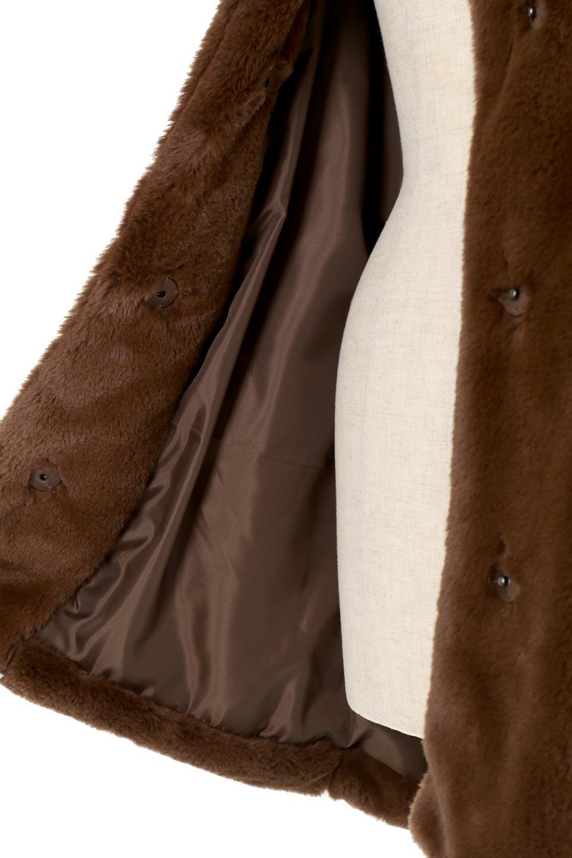 VelourEcoFurCollarlessShortCoatベロア風エコファー・ショートコート大人カジュアルに最適な海外ファッションのothers(その他インポートアイテム)のアウターやコート。ベロア風のエコファーを用いたノーカラーのショートコート。合わせるインナーを選ばないオールマイティーなアイテムです。/main-18