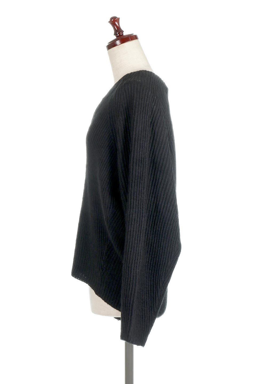 DolmanSleeveVNeckKnitTopドルマンスリーブ・モヘア風ニット大人カジュアルに最適な海外ファッションのothers(その他インポートアイテム)のトップスやニット・セーター。何枚でも欲しくなるドルマンスリーブのゆったりニット。スカートでもパンツでもオールマイティーにコーデが楽しめる便利トップスです。/main-17