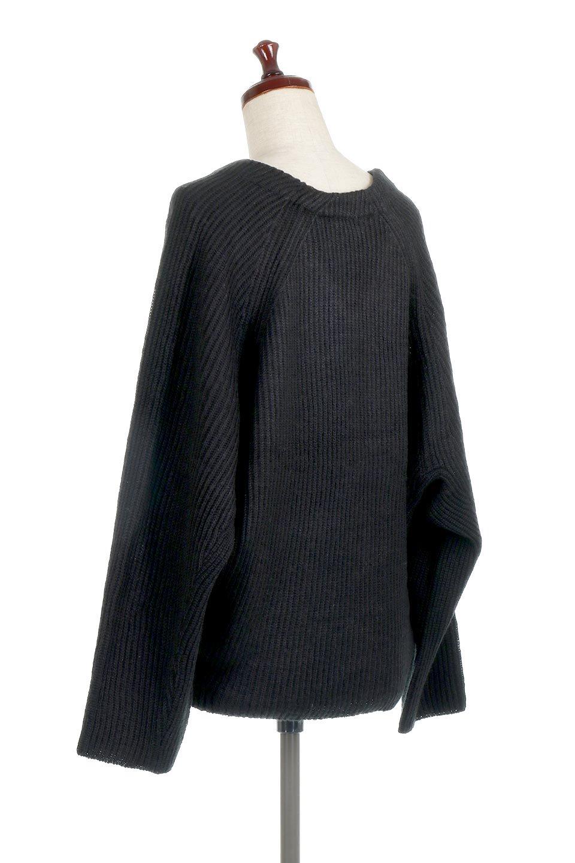 DolmanSleeveVNeckKnitTopドルマンスリーブ・モヘア風ニット大人カジュアルに最適な海外ファッションのothers(その他インポートアイテム)のトップスやニット・セーター。何枚でも欲しくなるドルマンスリーブのゆったりニット。スカートでもパンツでもオールマイティーにコーデが楽しめる便利トップスです。/main-18