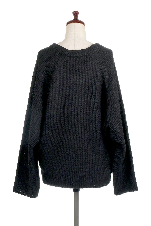 DolmanSleeveVNeckKnitTopドルマンスリーブ・モヘア風ニット大人カジュアルに最適な海外ファッションのothers(その他インポートアイテム)のトップスやニット・セーター。何枚でも欲しくなるドルマンスリーブのゆったりニット。スカートでもパンツでもオールマイティーにコーデが楽しめる便利トップスです。/main-19