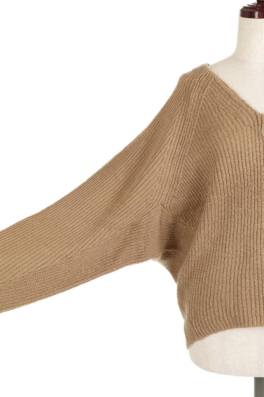 DolmanSleeveVNeckKnitTopドルマンスリーブ・モヘア風ニット大人カジュアルに最適な海外ファッションのothers(その他インポートアイテム)のトップスやニット・セーター。何枚でも欲しくなるドルマンスリーブのゆったりニット。スカートでもパンツでもオールマイティーにコーデが楽しめる便利トップスです。/main-22
