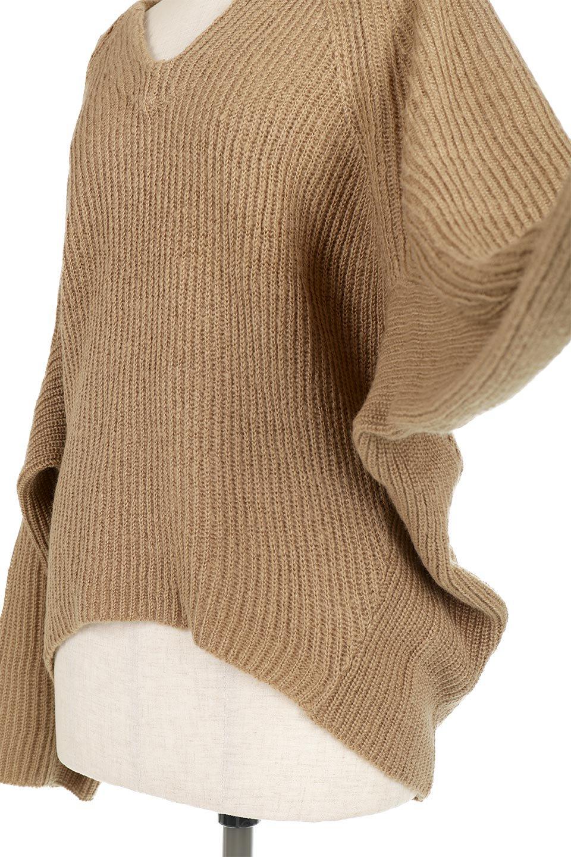 DolmanSleeveVNeckKnitTopドルマンスリーブ・モヘア風ニット大人カジュアルに最適な海外ファッションのothers(その他インポートアイテム)のトップスやニット・セーター。何枚でも欲しくなるドルマンスリーブのゆったりニット。スカートでもパンツでもオールマイティーにコーデが楽しめる便利トップスです。/main-23