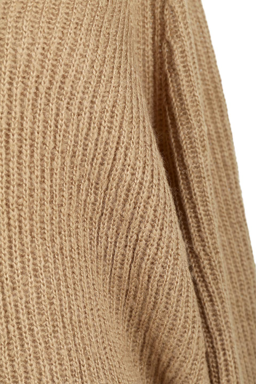 DolmanSleeveVNeckKnitTopドルマンスリーブ・モヘア風ニット大人カジュアルに最適な海外ファッションのothers(その他インポートアイテム)のトップスやニット・セーター。何枚でも欲しくなるドルマンスリーブのゆったりニット。スカートでもパンツでもオールマイティーにコーデが楽しめる便利トップスです。/main-24