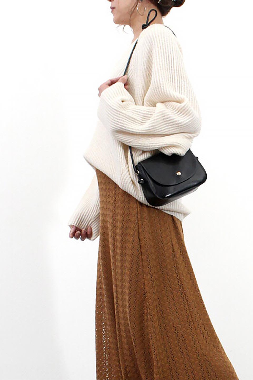 DolmanSleeveVNeckKnitTopドルマンスリーブ・モヘア風ニット大人カジュアルに最適な海外ファッションのothers(その他インポートアイテム)のトップスやニット・セーター。何枚でも欲しくなるドルマンスリーブのゆったりニット。スカートでもパンツでもオールマイティーにコーデが楽しめる便利トップスです。/main-26