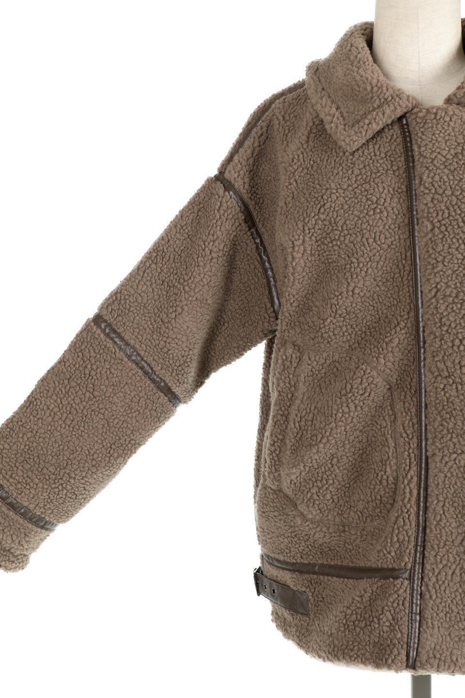 BoaFleeceFlightJacketボアフリース・フライトジャケット大人カジュアルに最適な海外ファッションのothers(その他インポートアイテム)のアウターやコート。フカフカのボアフリースを使用したフライトジャケット風のショートコート。メンズライクなディテールのジャケットをオーバーサイズで可愛く着崩せます。/main-15