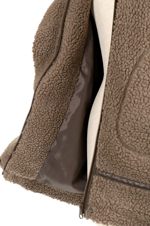 BoaFleeceFlightJacketボアフリース・フライトジャケット大人カジュアルに最適な海外ファッションのothers(その他インポートアイテム)のアウターやコート。フカフカのボアフリースを使用したフライトジャケット風のショートコート。メンズライクなディテールのジャケットをオーバーサイズで可愛く着崩せます。/main-17