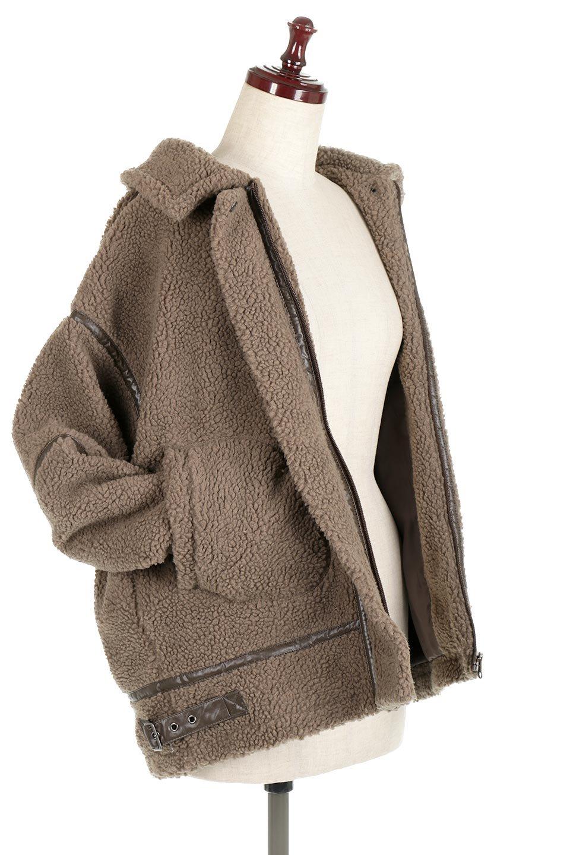 BoaFleeceFlightJacketボアフリース・フライトジャケット大人カジュアルに最適な海外ファッションのothers(その他インポートアイテム)のアウターやコート。フカフカのボアフリースを使用したフライトジャケット風のショートコート。メンズライクなディテールのジャケットをオーバーサイズで可愛く着崩せます。/main-18