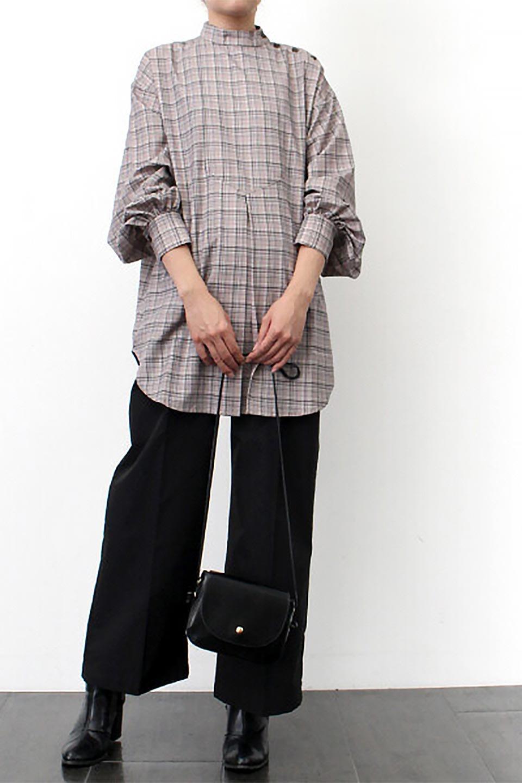 CheckPrintedLongBlouseチェック柄・ロングブラウス大人カジュアルに最適な海外ファッションのothers(その他インポートアイテム)のトップスやシャツ・ブラウス。ゆったりシルエットのスタンドカラーブラウス。微妙な半端丈でブラウジングなどでも楽しめる便利なロングブラウス。/main-23