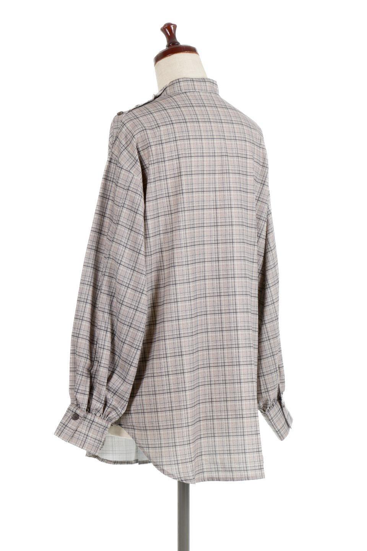 CheckPrintedLongBlouseチェック柄・ロングブラウス大人カジュアルに最適な海外ファッションのothers(その他インポートアイテム)のトップスやシャツ・ブラウス。ゆったりシルエットのスタンドカラーブラウス。微妙な半端丈でブラウジングなどでも楽しめる便利なロングブラウス。/main-8