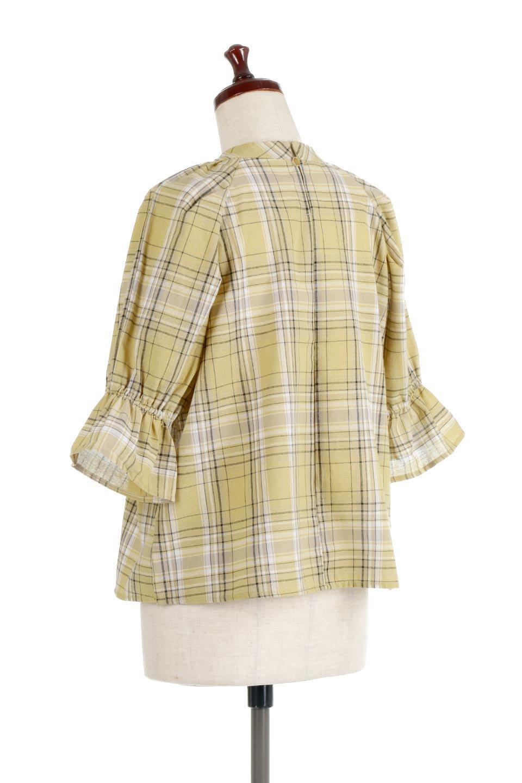 CandySleeveCheckBlouseキャンディースリーブ・チェック柄ブラウス大人カジュアルに最適な海外ファッションのothers(その他インポートアイテム)のトップスやシャツ・ブラウス。キャンディースリーブのボリュームが可愛いブラウス。チェック柄とシンプルな首周りでコーディネートの幅が広がります。/main-13