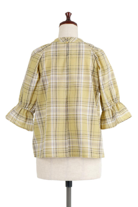 CandySleeveCheckBlouseキャンディースリーブ・チェック柄ブラウス大人カジュアルに最適な海外ファッションのothers(その他インポートアイテム)のトップスやシャツ・ブラウス。キャンディースリーブのボリュームが可愛いブラウス。チェック柄とシンプルな首周りでコーディネートの幅が広がります。/main-14