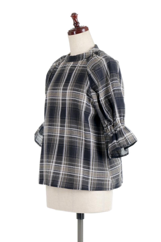 CandySleeveCheckBlouseキャンディースリーブ・チェック柄ブラウス大人カジュアルに最適な海外ファッションのothers(その他インポートアイテム)のトップスやシャツ・ブラウス。キャンディースリーブのボリュームが可愛いブラウス。チェック柄とシンプルな首周りでコーディネートの幅が広がります。/main-16