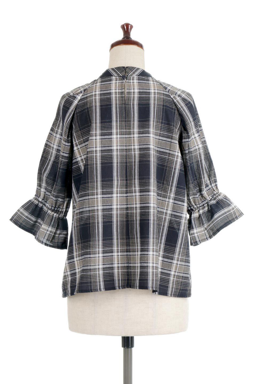 CandySleeveCheckBlouseキャンディースリーブ・チェック柄ブラウス大人カジュアルに最適な海外ファッションのothers(その他インポートアイテム)のトップスやシャツ・ブラウス。キャンディースリーブのボリュームが可愛いブラウス。チェック柄とシンプルな首周りでコーディネートの幅が広がります。/main-19