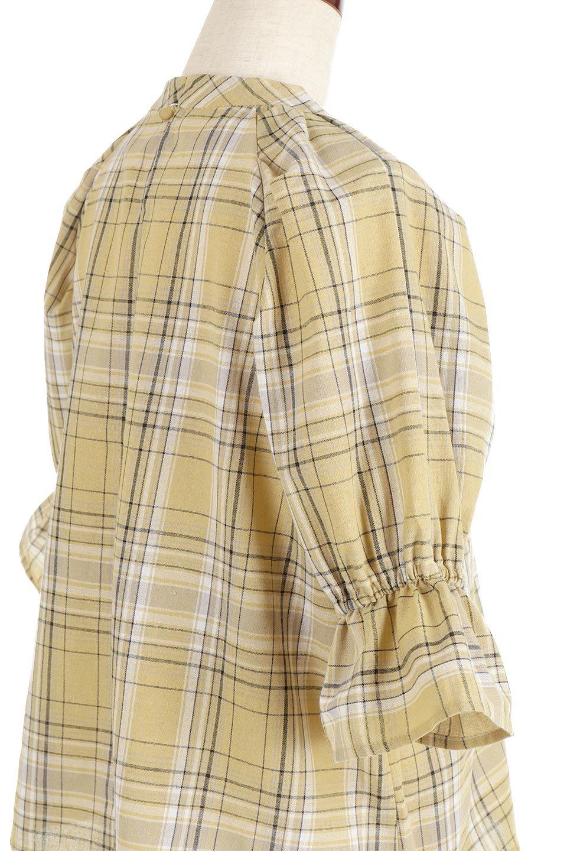 CandySleeveCheckBlouseキャンディースリーブ・チェック柄ブラウス大人カジュアルに最適な海外ファッションのothers(その他インポートアイテム)のトップスやシャツ・ブラウス。キャンディースリーブのボリュームが可愛いブラウス。チェック柄とシンプルな首周りでコーディネートの幅が広がります。/main-21