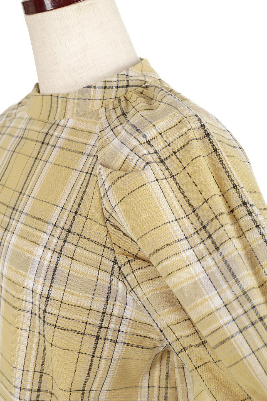 CandySleeveCheckBlouseキャンディースリーブ・チェック柄ブラウス大人カジュアルに最適な海外ファッションのothers(その他インポートアイテム)のトップスやシャツ・ブラウス。キャンディースリーブのボリュームが可愛いブラウス。チェック柄とシンプルな首周りでコーディネートの幅が広がります。/main-22
