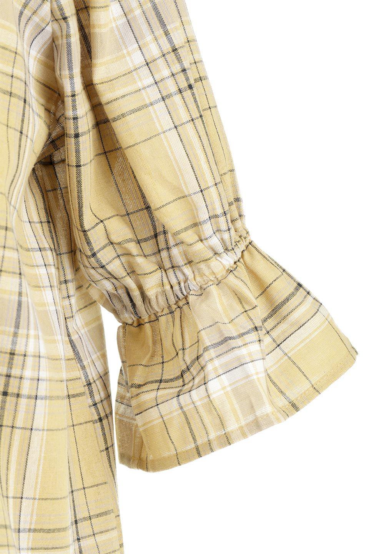 CandySleeveCheckBlouseキャンディースリーブ・チェック柄ブラウス大人カジュアルに最適な海外ファッションのothers(その他インポートアイテム)のトップスやシャツ・ブラウス。キャンディースリーブのボリュームが可愛いブラウス。チェック柄とシンプルな首周りでコーディネートの幅が広がります。/main-25