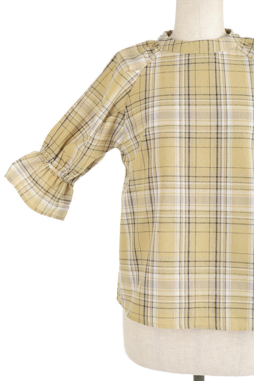 CandySleeveCheckBlouseキャンディースリーブ・チェック柄ブラウス大人カジュアルに最適な海外ファッションのothers(その他インポートアイテム)のトップスやシャツ・ブラウス。キャンディースリーブのボリュームが可愛いブラウス。チェック柄とシンプルな首周りでコーディネートの幅が広がります。/main-26