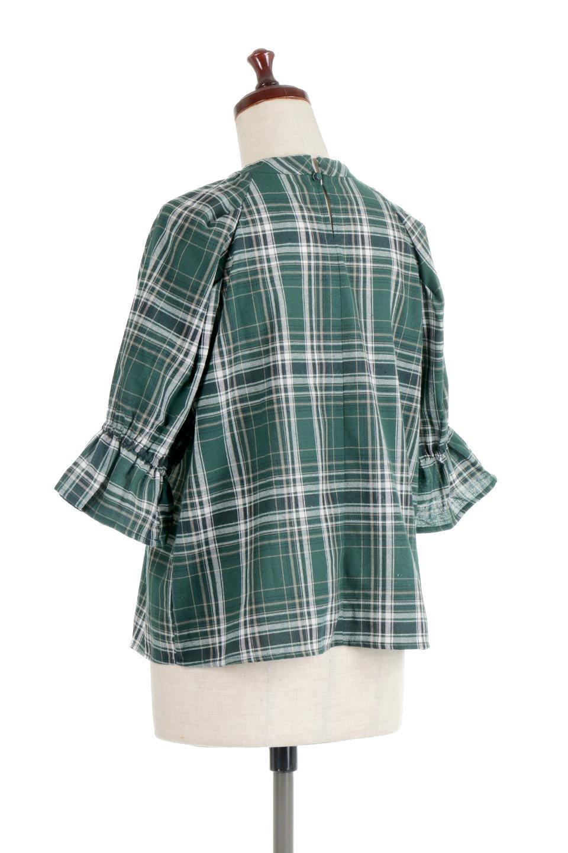 CandySleeveCheckBlouseキャンディースリーブ・チェック柄ブラウス大人カジュアルに最適な海外ファッションのothers(その他インポートアイテム)のトップスやシャツ・ブラウス。キャンディースリーブのボリュームが可愛いブラウス。チェック柄とシンプルな首周りでコーディネートの幅が広がります。/main-8