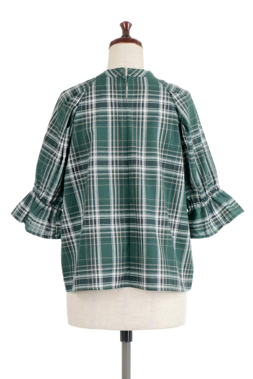 CandySleeveCheckBlouseキャンディースリーブ・チェック柄ブラウス大人カジュアルに最適な海外ファッションのothers(その他インポートアイテム)のトップスやシャツ・ブラウス。キャンディースリーブのボリュームが可愛いブラウス。チェック柄とシンプルな首周りでコーディネートの幅が広がります。/main-9