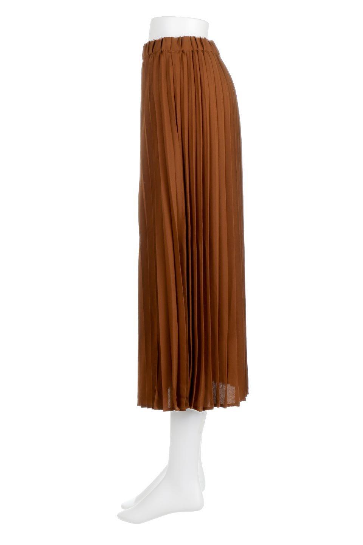 PleatedLongSkirt総プリーツ・ロングスカート大人カジュアルに最適な海外ファッションのothers(その他インポートアイテム)のボトムやスカート。季節を問わず人気のあるプリーツスカート。シックな上品コーデからスニーカーなどと合わせるカジュアルコーデまでこなしてくれます。/main-17