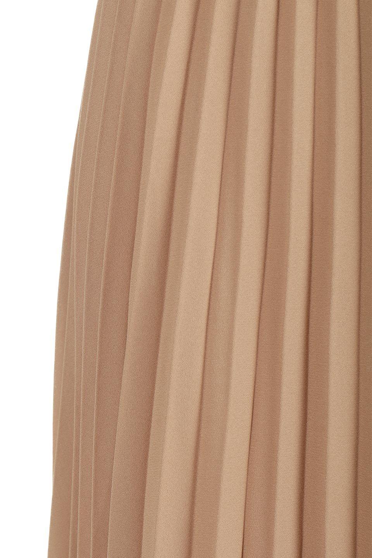 PleatedLongSkirt総プリーツ・ロングスカート大人カジュアルに最適な海外ファッションのothers(その他インポートアイテム)のボトムやスカート。季節を問わず人気のあるプリーツスカート。シックな上品コーデからスニーカーなどと合わせるカジュアルコーデまでこなしてくれます。/main-22