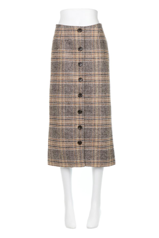 RetroCheckPatternedTweedSkirtレトロチェック・ツイードスカート大人カジュアルに最適な海外ファッションのothers(その他インポートアイテム)のボトムやスカート。温かみのあるツイード風のチェック生地が可愛いロングスカート。素材の雰囲気を生かしたレトロなチェック柄がおすすめポイントです。