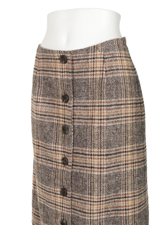 RetroCheckPatternedTweedSkirtレトロチェック・ツイードスカート大人カジュアルに最適な海外ファッションのothers(その他インポートアイテム)のボトムやスカート。温かみのあるツイード風のチェック生地が可愛いロングスカート。素材の雰囲気を生かしたレトロなチェック柄がおすすめポイントです。/main-11