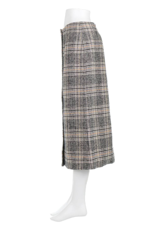 RetroCheckPatternedTweedSkirtレトロチェック・ツイードスカート大人カジュアルに最適な海外ファッションのothers(その他インポートアイテム)のボトムやスカート。温かみのあるツイード風のチェック生地が可愛いロングスカート。素材の雰囲気を生かしたレトロなチェック柄がおすすめポイントです。/main-7