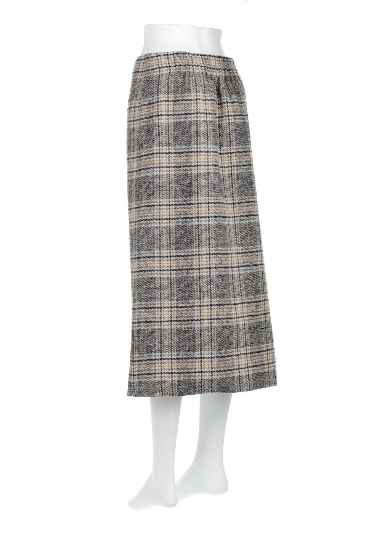 RetroCheckPatternedTweedSkirtレトロチェック・ツイードスカート大人カジュアルに最適な海外ファッションのothers(その他インポートアイテム)のボトムやスカート。温かみのあるツイード風のチェック生地が可愛いロングスカート。素材の雰囲気を生かしたレトロなチェック柄がおすすめポイントです。/main-8