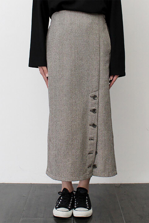 TweedHerringboneSemiTightSkirtツイードヘリンボーン・セミタイトスカート大人カジュアルに最適な海外ファッションのothers(その他インポートアイテム)のボトムやスカート。シックなヘリボーン生地のセミタイトスカート。ややゆとりのあるIラインが特徴の暖かスカートです。/main-29