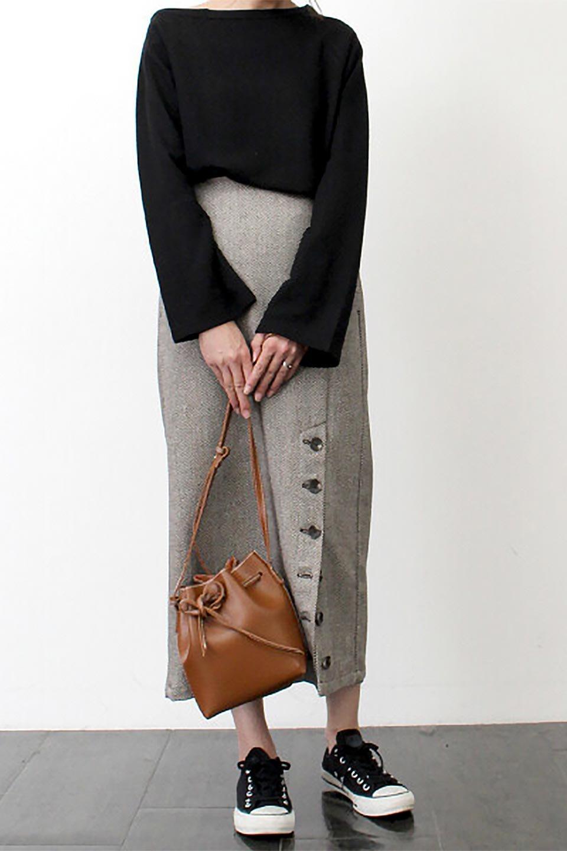 TweedHerringboneSemiTightSkirtツイードヘリンボーン・セミタイトスカート大人カジュアルに最適な海外ファッションのothers(その他インポートアイテム)のボトムやスカート。シックなヘリボーン生地のセミタイトスカート。ややゆとりのあるIラインが特徴の暖かスカートです。/main-32
