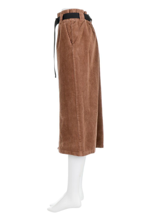 CorduroyLongSkirtw/WebbingBeltベルト付き・コーデュロイスカート大人カジュアルに最適な海外ファッションのothers(その他インポートアイテム)のボトムやスカート。太うねコーデュロイのセミタイトスカート。季節感のある太めのコーデュロイが人気のミディ丈スカート。/main-12