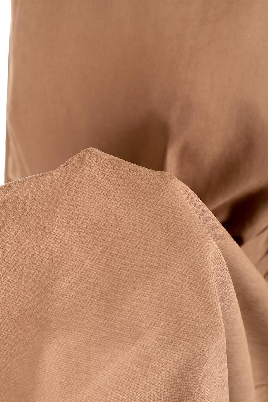 DoubleTiedPeachFaceMaxiDressウエストリボン・ピーチフェイスワンピース大人カジュアルに最適な海外ファッションのothers(その他インポートアイテム)のワンピースやマキシワンピース。厚すぎない生地を使用した3シーズン楽しめるワンピース。桃のようにうっすらと起毛されたピーチフェイス加工で肌触りも◎小物遣いでキレイ目からカジュアルまでこなせるアイテムです。/main-26