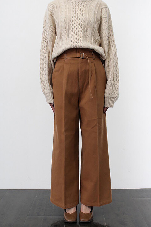 TuckedWideLegPants起毛加工・ワイドパンツ大人カジュアルに最適な海外ファッションのothers(その他インポートアイテム)のボトムやパンツ。合わせやすさ抜群のワイドパンツ。起毛加工された温かみのある素材を使用。/main-27