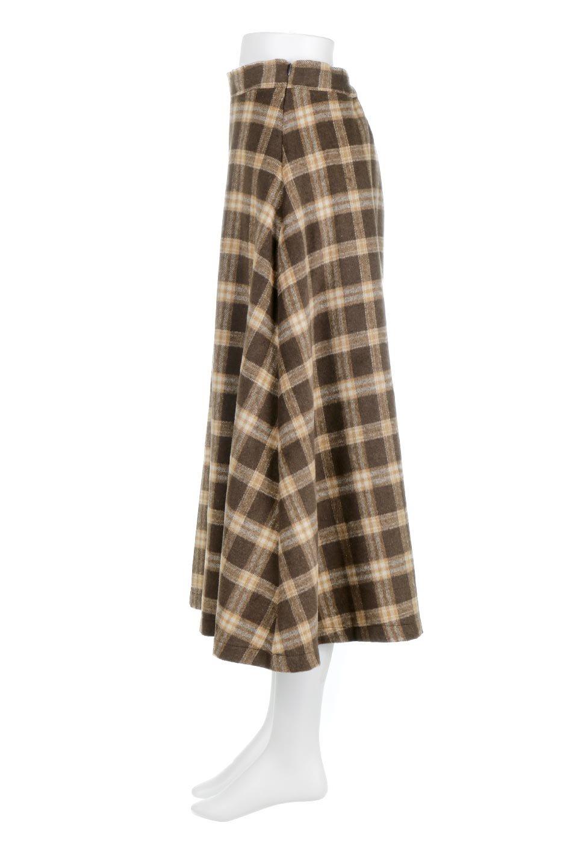 CheckPatternedA-LineLongSkirtAライン・チェックロングスカート大人カジュアルに最適な海外ファッションのothers(その他インポートアイテム)のボトムやスカート。合わせやすさ抜群のチェック柄ロングスカート。表面が起毛した温もりのある生地を使用した季節感のあるスカート。/main-12